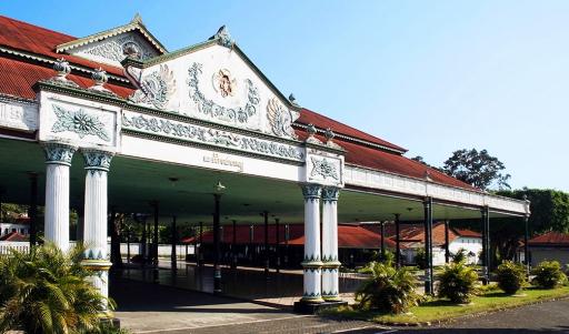 Wisata Keraton Yogyakarta Hardiningrat